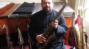 Collecting vintage saxophones