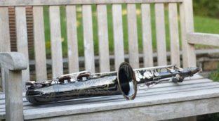 How to fix wavy saxophone reeds
