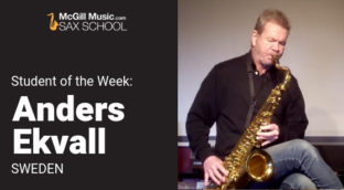 Anders Ekvall playing a saxophone